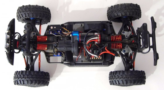 summit-lt-chassis-overhead-560x309